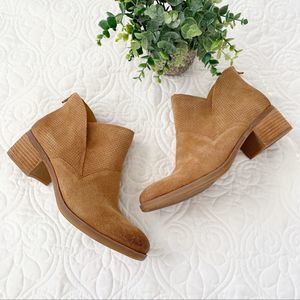 NEW Korks Malden Suede Bootie 8 Tan